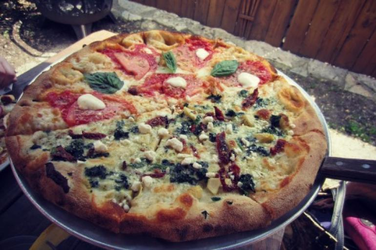 Strong's Brick Oven Pizzeria Photo #0