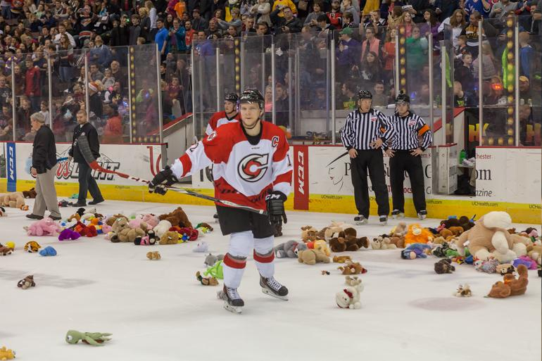 Cincinnati Cyclones Hockey Photo #12
