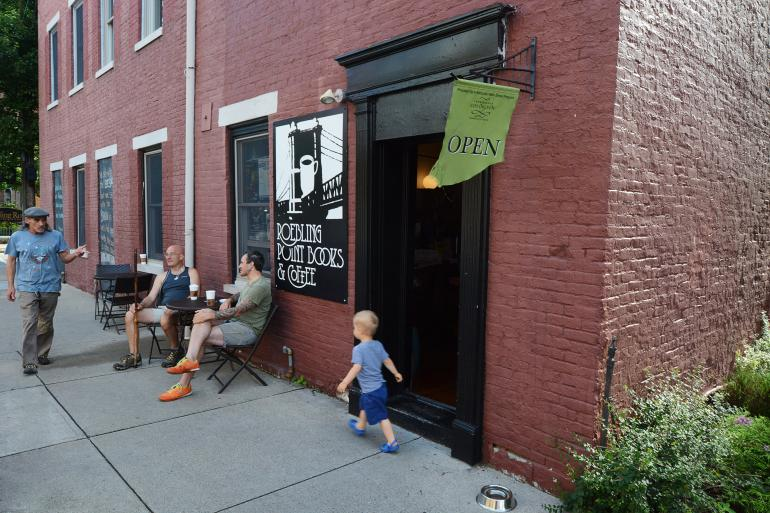 Roebling Point Books & Coffee Photo #0