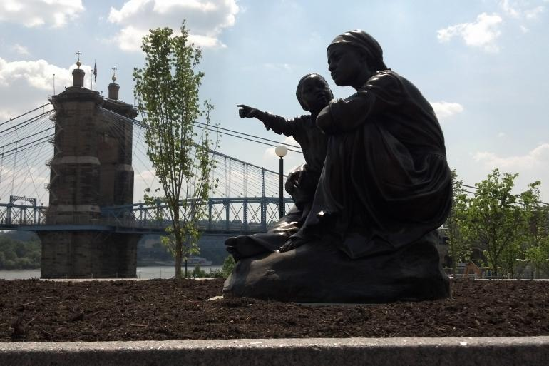 Smale Riverfront Park Photo #6
