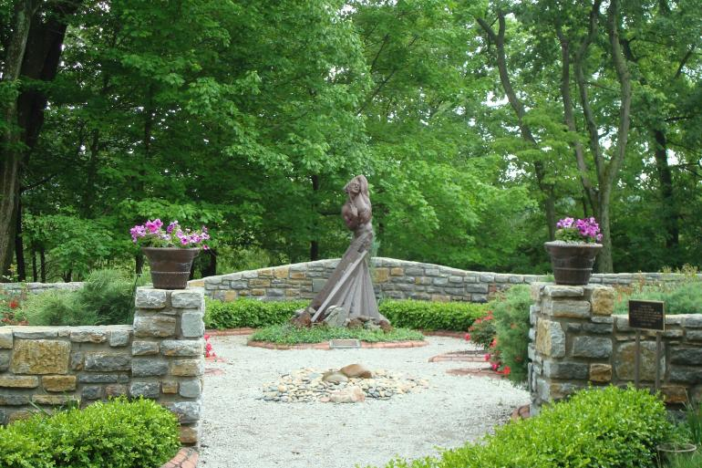 Pyramid Hill Sculpture Park and Museum Photo #3