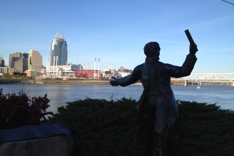 Riverside Drive Statue Tour Photo #5