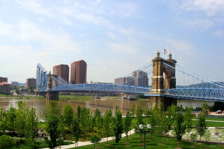 Roebling Suspension Bridge Photo #3