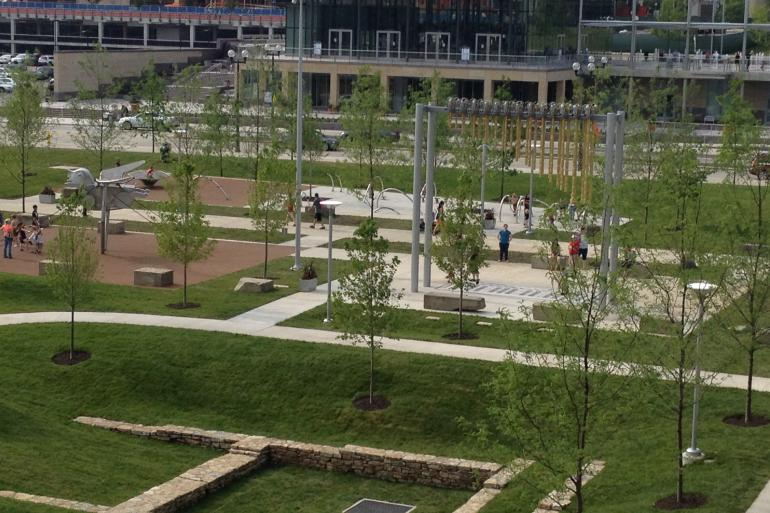 Smale Riverfront Park Photo #15