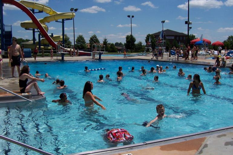 Florence family aquatic center south southwest for Pool show florence sc