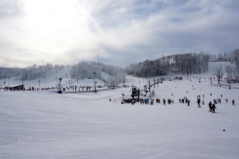 Perfect North Slopes Photo #6