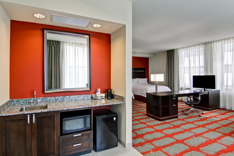 Hampton Inn & Suites Cincinnati-Downtown Photo #1