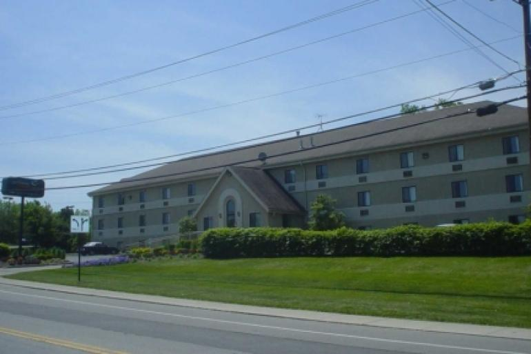 Midwest Inn & Suites Photo #0