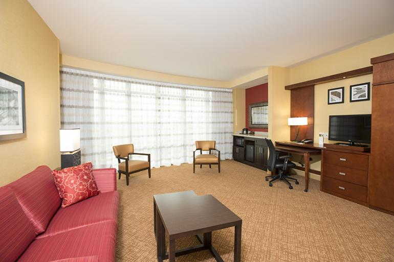 Courtyard by Marriott Cincinnati Midtown/Rookwood Photo #0