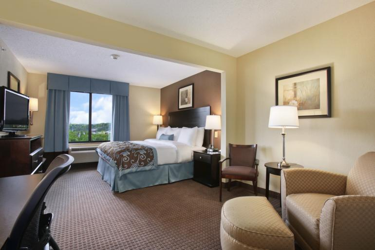 Wingate by Wyndham Cincinnati Airport Photo #1
