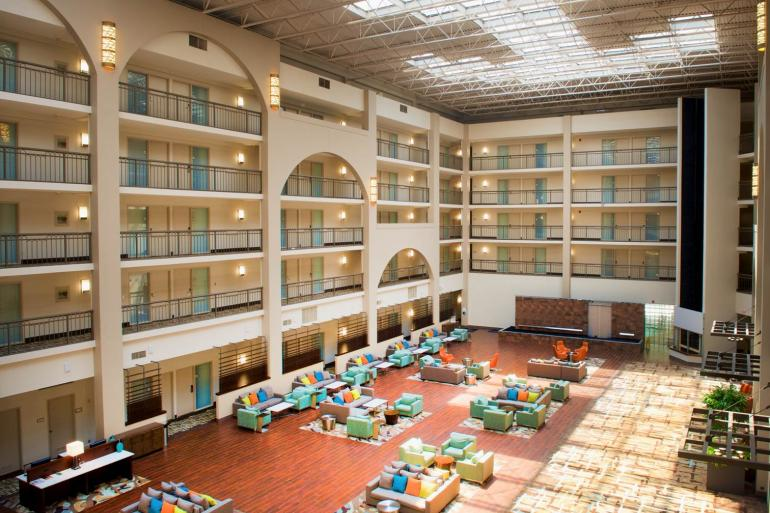 Embassy Suites Cincinnati Northeast Blue Ash Photo #3