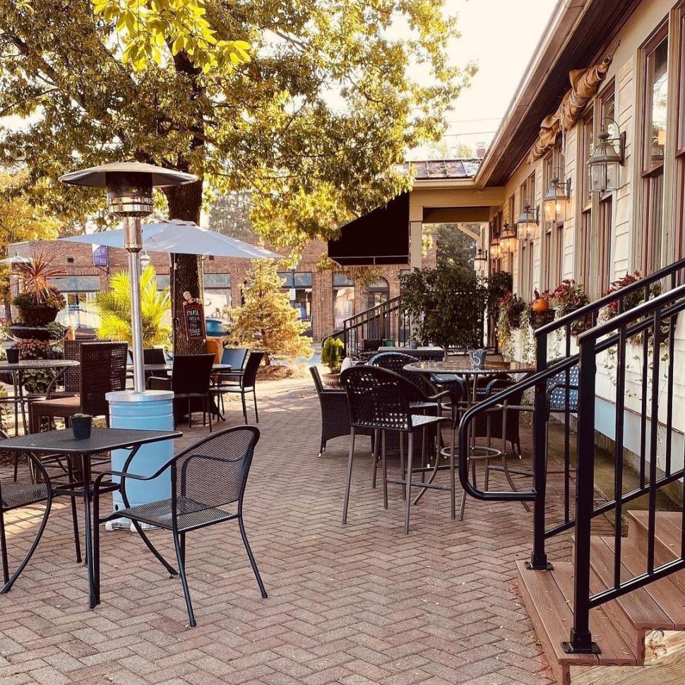 Outdoor patio seating at The Alreddy Cafe in Sharonville (photo: @thealreddycafe)