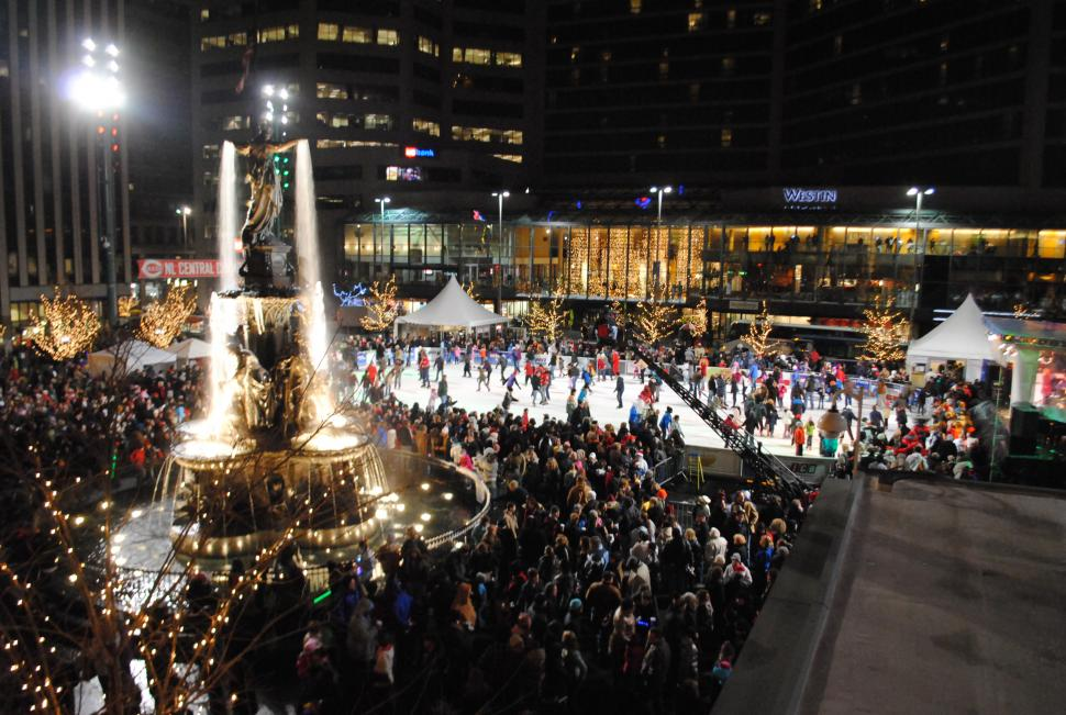 Macy's Light Up the Square on Fountain Square (photo: 3CDC)