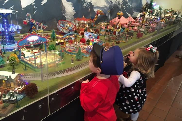 Holiday Toy Trains at Behringer-Crawford Museum (photo: Behringer-Crawford Museum)