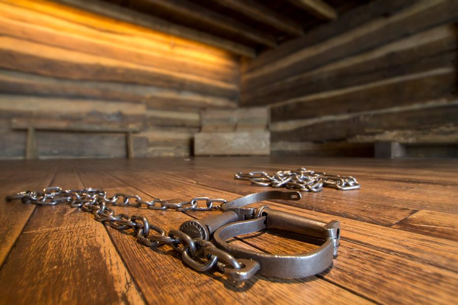 Shackles in the Slave Pen at Freedom Center (photo: Ronald M. Salerno)