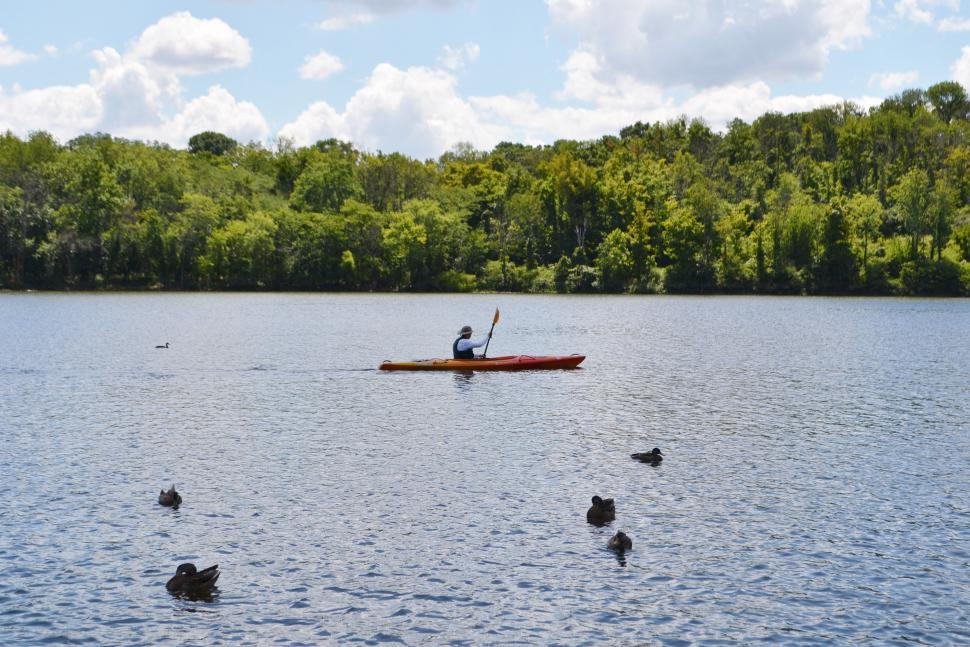 Person kayaking on the lake at Winton Woods (photo: Great Parks of Hamilton County)