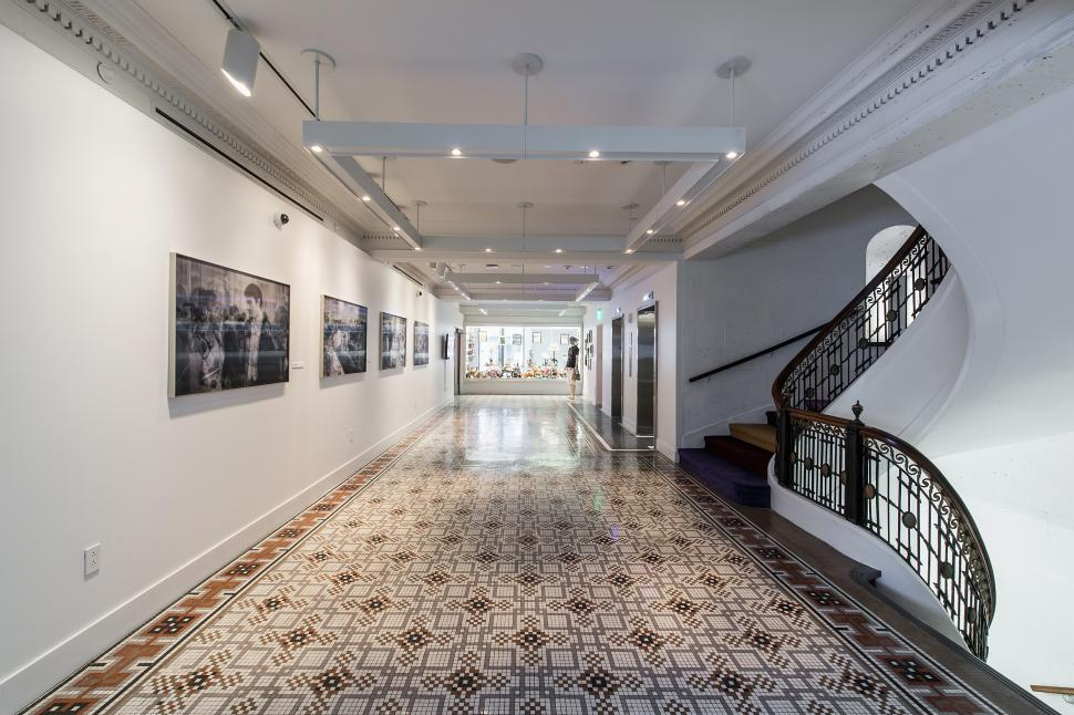 Hallway and artwork in the 21c Museum Hotel (photo: 21c Museum Hotel)