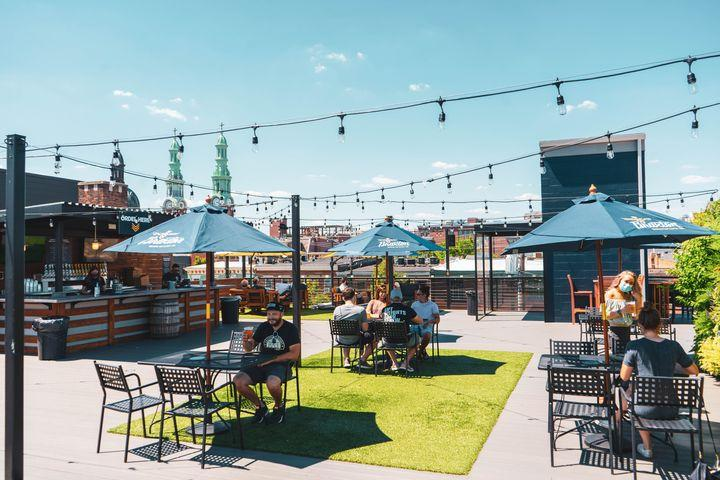 Rooftop bar at Braxton Brewing (photo: provided by Braxton Brewing)