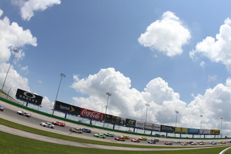 Monster Energy NASCAR Cup Series: Quaker State 400 Photo #1