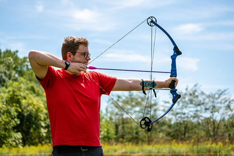 Outdoor Archery: Basic Recurve Bow Photo #0