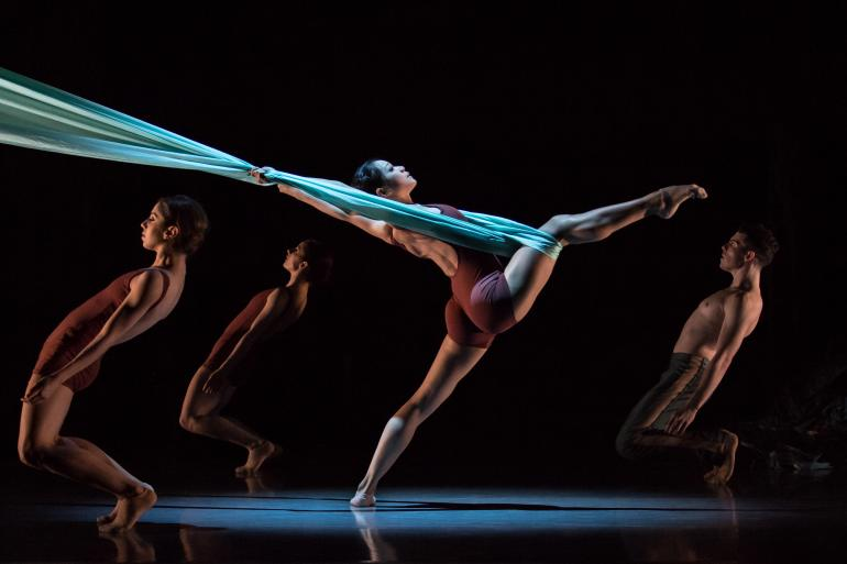 """Kaplan New Works Series"" Cincinnati Ballet (photo: Peter Mueller)"