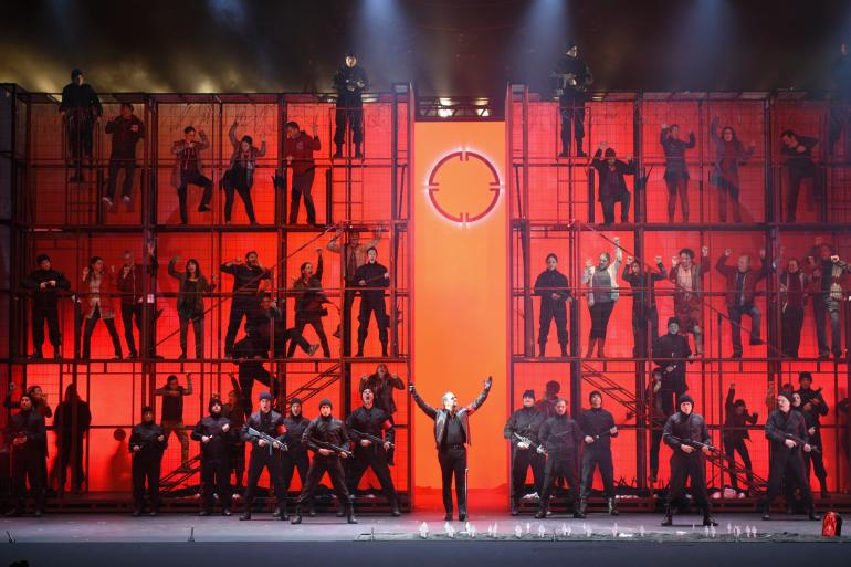 Another Brick in the Wall (photo: Yves Renaud, Opera de Montreal)