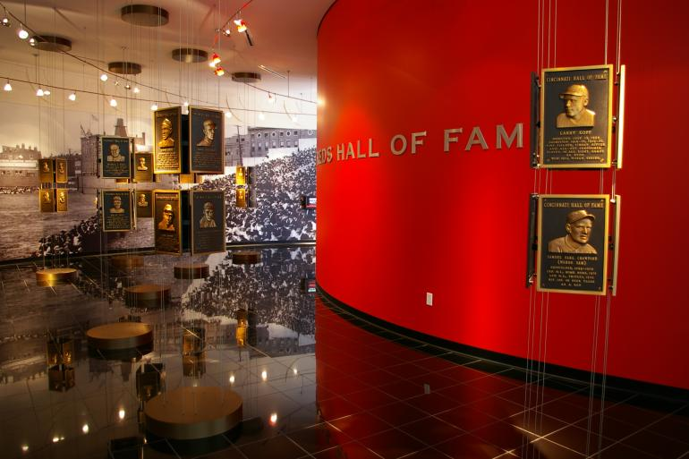 Red to Bronze: The Story of Reds Statues Photo #0