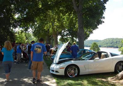 Rollin' on the River Car Show
