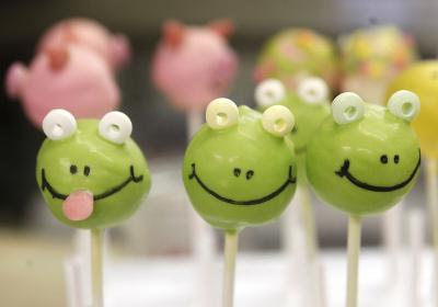 BonBonerie Cake Pops (photo: Leigh Taylor)