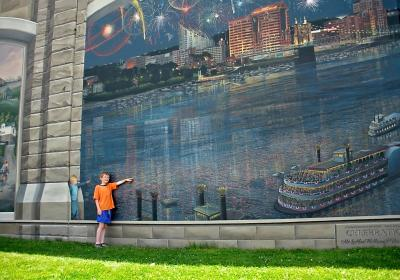 Roebling Murals (photo: Terri Weeks)