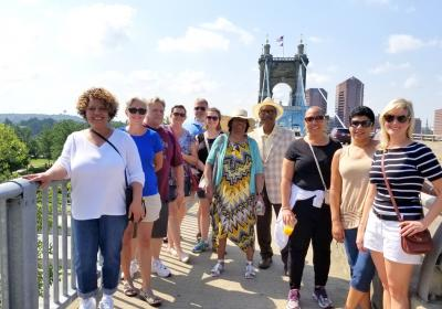 Top Ten Tour (photo: Riverside Food Tours)