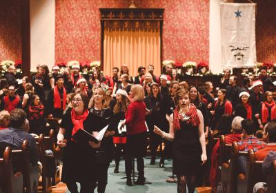 Fas and Las Family Holiday Choral Concert