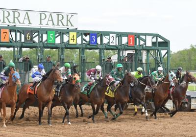 Opening Race Day at Belterra Park